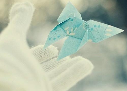 一个人感到孤独寂寞时发的说说带图片 一个人只要学会了回忆就再不会孤独5