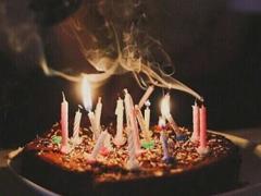 简短有内涵的祝自己生日快乐说说 自己过生日低调发朋友圈说说