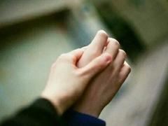 你我之间不足为外人道的爱情故事说说 或甜蜜或难过的爱情说说