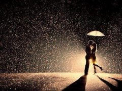感人的爱情说说带图片:我不能给你全世界,但我的世界全部给你