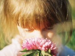 00后最伤感爱情悲伤说说带图片 你走吧去往你的阳春三月