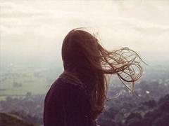 每一句都令人心痛的伤感句子 被爱情打败伤心的句子大全