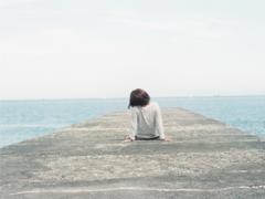 爱情让人很疲惫的伤感说说大全 失去心爱人的说说越想越难过